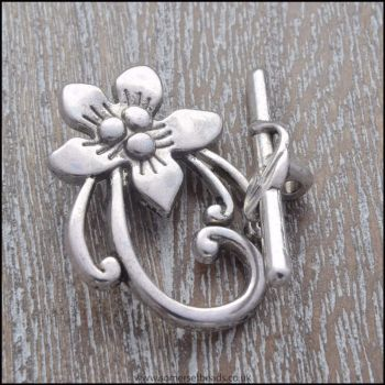 Antique Silver Flower Toggle Clasps