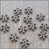 8mm Black Snowflake Spacer Beads