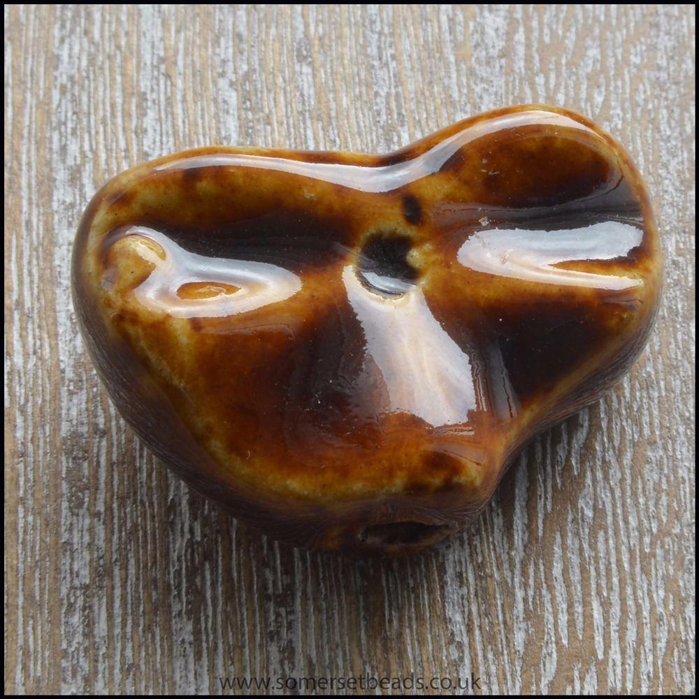 30mm Chocolate Glazed Ceramic Fluted Heart Focal Bead