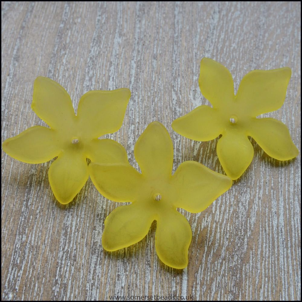 Yellow Lucite Flower Beads 29mm x 27mm Pk 10