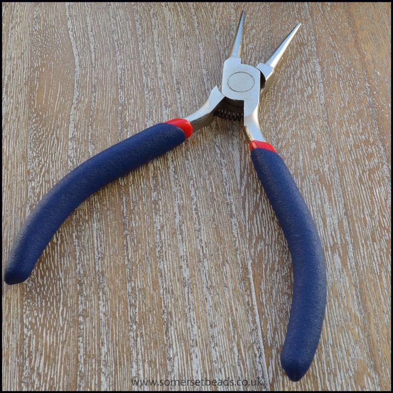 round nosed pliers