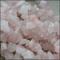rose-quartz-chips