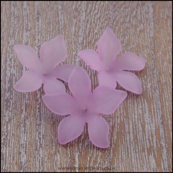 Lilac Lucite Flower Beads 29mm x 27mm Pk 10