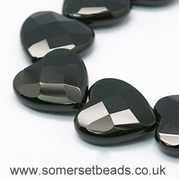 30mm Premium Faceted Dyed Black Agate Heart Shaped Beads