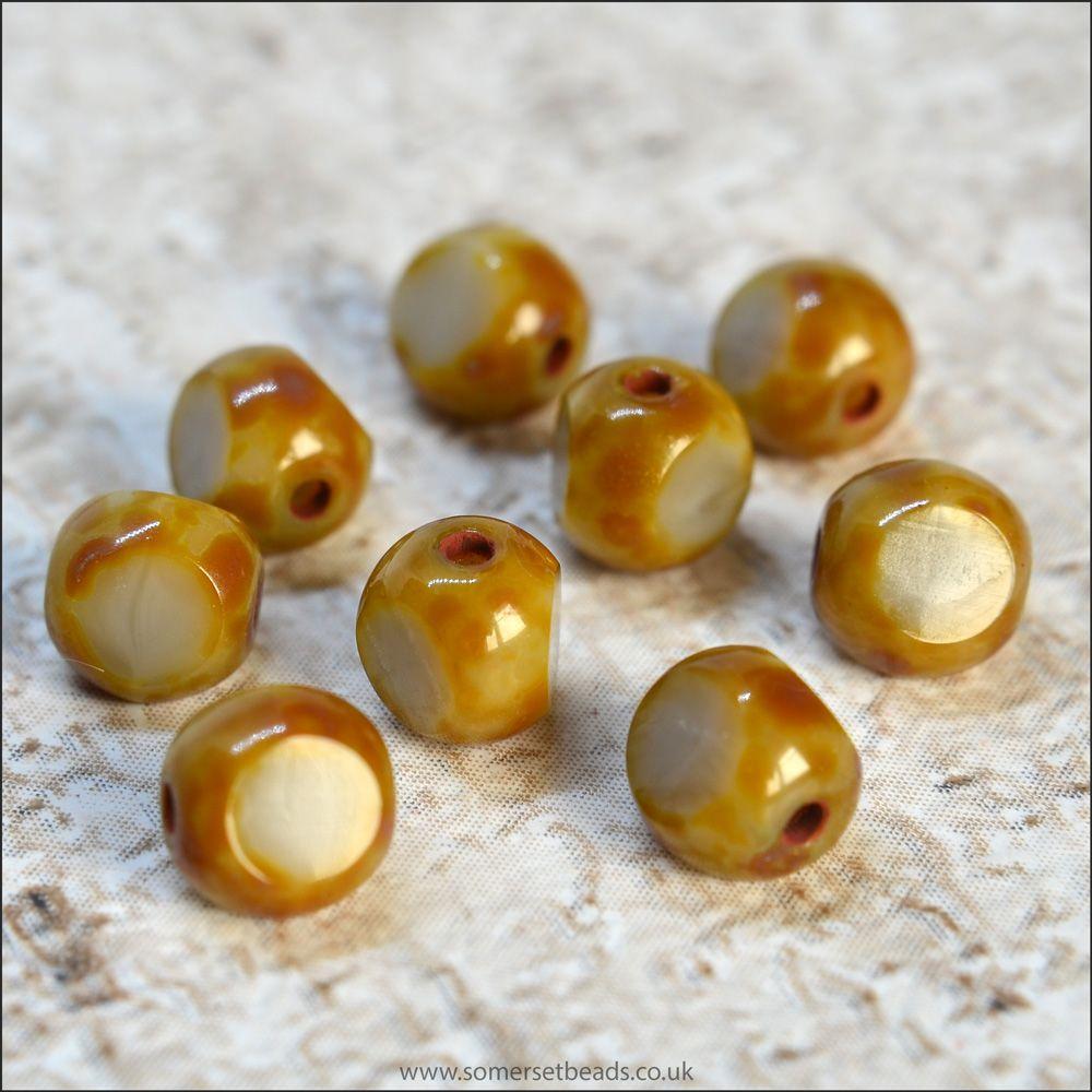 3 Cut Czech Glass Beads, 6mm, Oatmeal