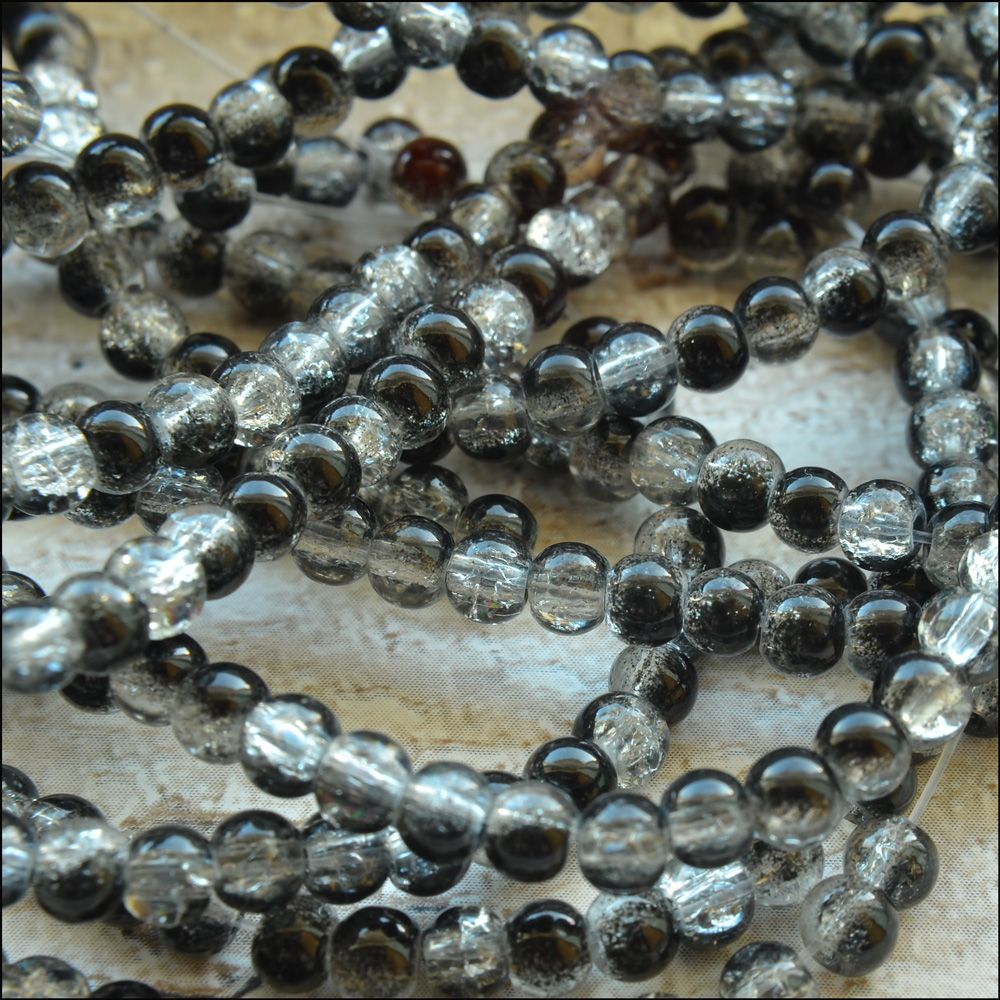 4mm  Black & White Crackle Glass Beads