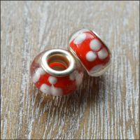 Red and White Flower Pattern Glass Charm Beads