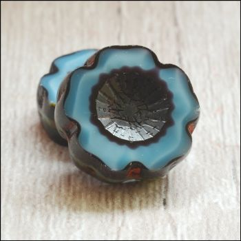 14mm Czech Glass Table Cut Flower Beads - Blue