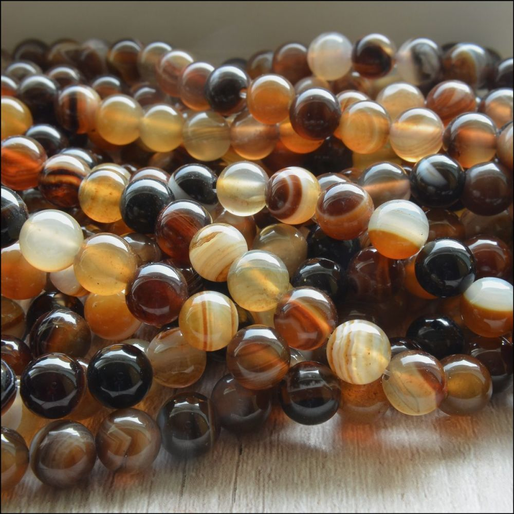 8mm Brown Banded Agate Plain Round Beads