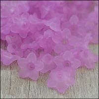 10mm Lilac Lucite Frosted Flower Beads