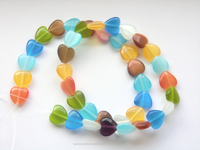 cats-eye-heart-beads