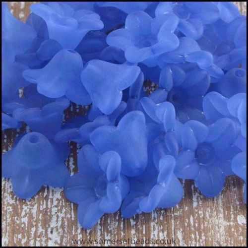 10mm Blue  Lucite Flower Beads