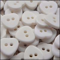 11mm White Resin Heart Shaped Buttons