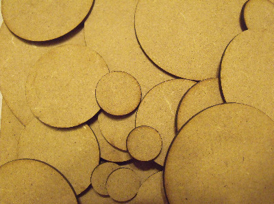100x100mm round bases (1 pack)
