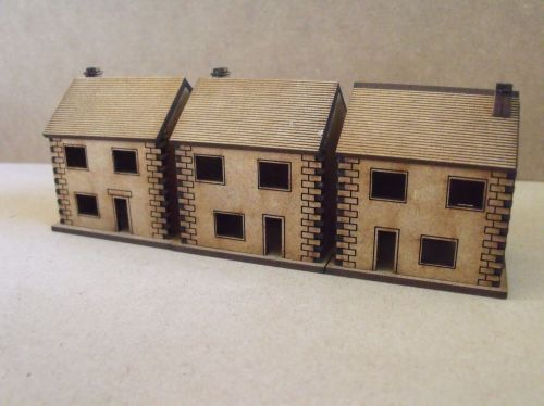 5x 10mm Stone houses cut out windows