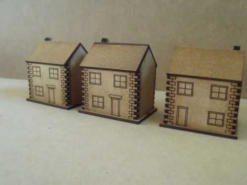 5x 10mm Stone houses with windows