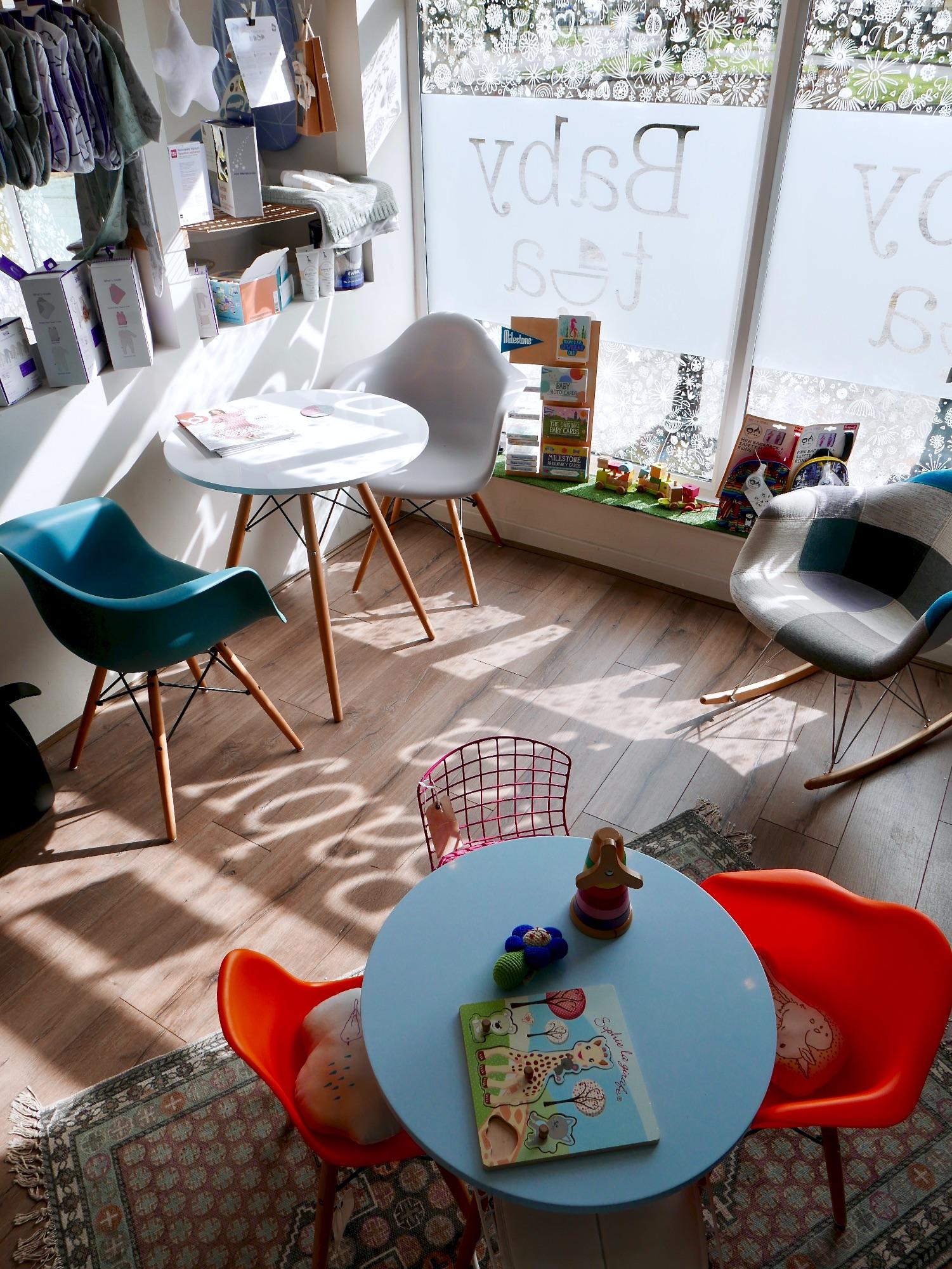 BabyTea: seating area