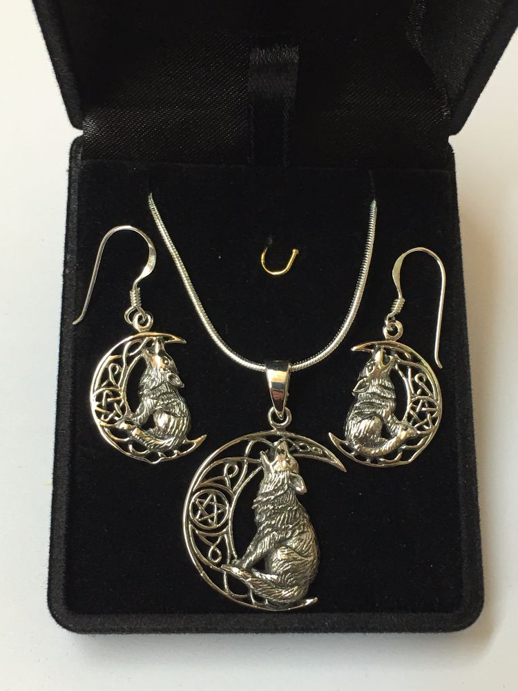 Lisa Parker Silver and Bronze Jewellery