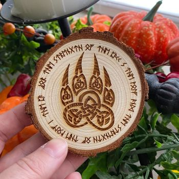 Celtic Wolf Paw Wooden Slice