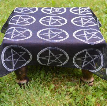 "Altar Cloth ~ Black with Pentagram Design 21"" x 21"""