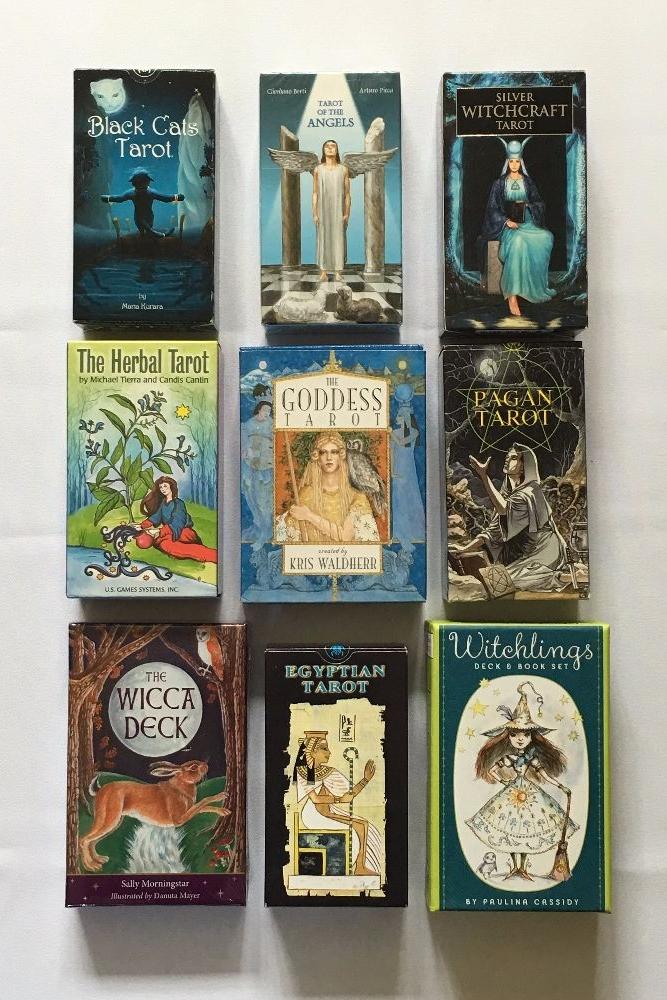 Tarot Cards ~ Oracle Decks ~ Accessories