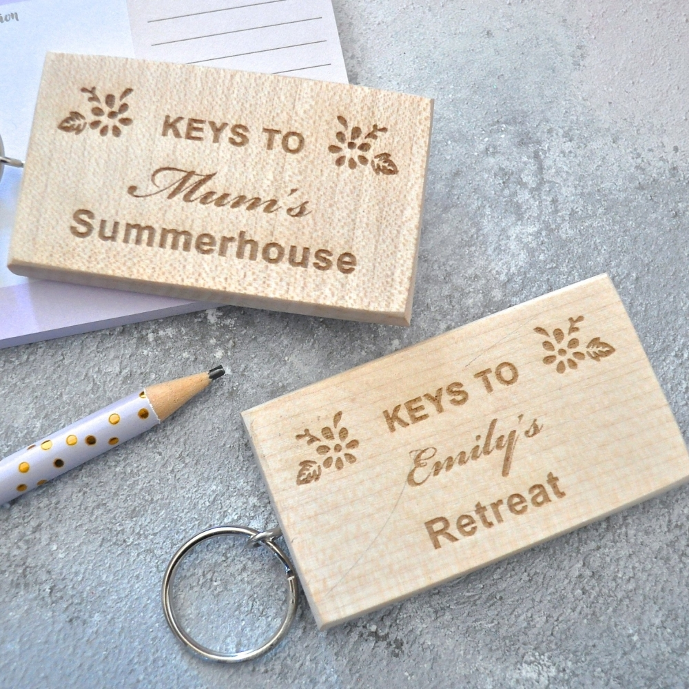 Personalised Wooden Summerhouse Keyring