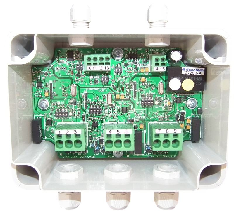 3 input voltage/current transmitter inside