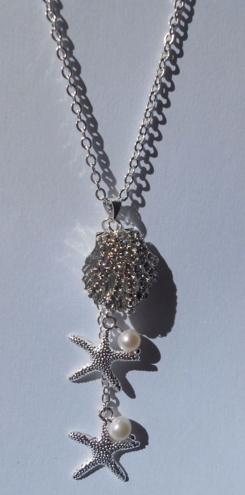 Seashells & Pearls Necklace