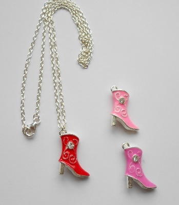 Kinky Boots Necklace