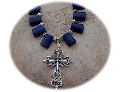 Close-up Lapis Lazuli Cross Necklace sistersofthemoon.org.uk