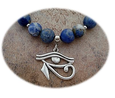Eye of Horus Necklace Close-up sistersofthemoon.org.uk