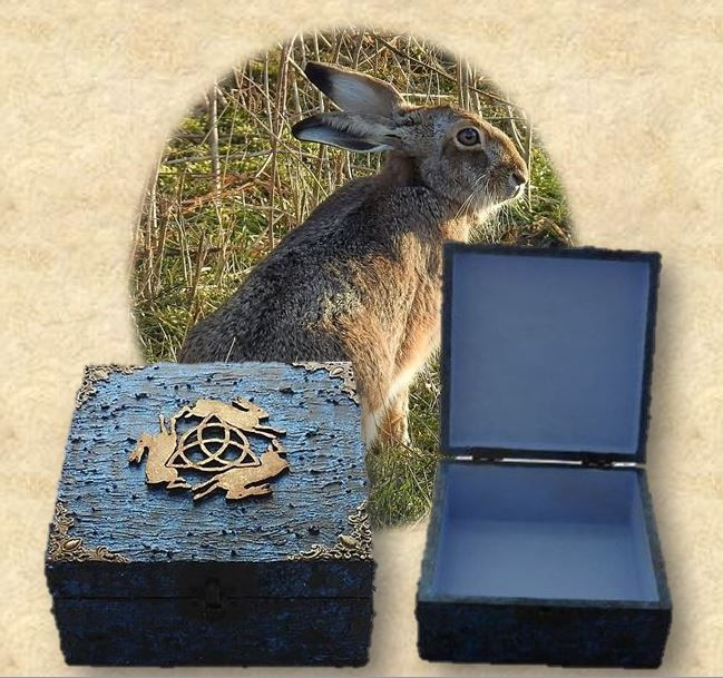 3 Hares Box sistersofthemoon.org.uk W2