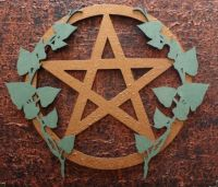Ivy and Pentagram