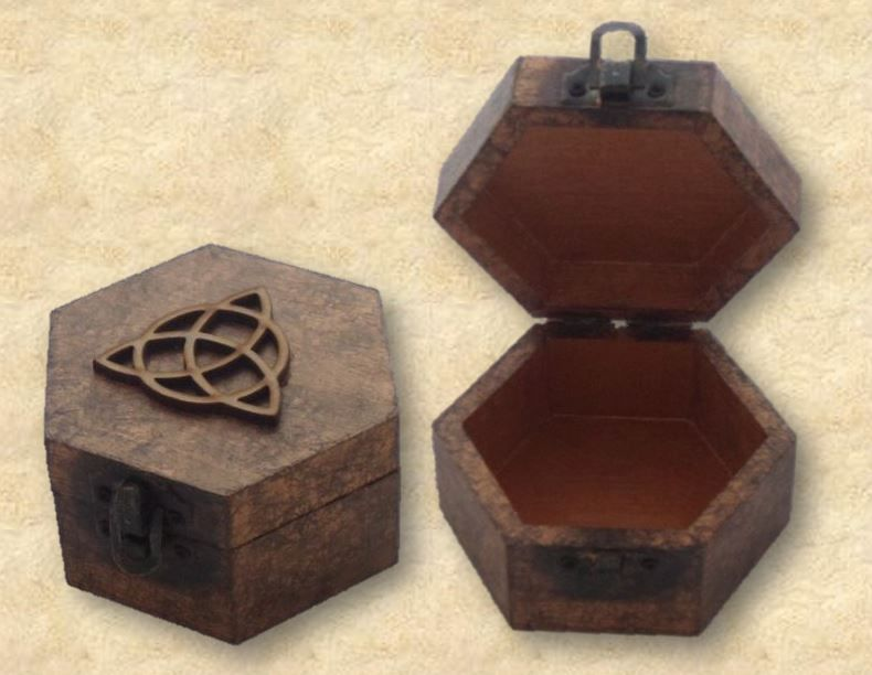 Triquetra Pendulum Box Other Views sistersofthemoon.org.uk
