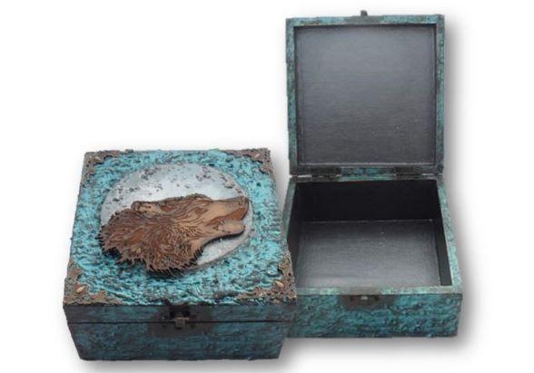Wolf Memory Box - Wolf Keepsake Box - Wolf Box sistersofthemoon.org.uk
