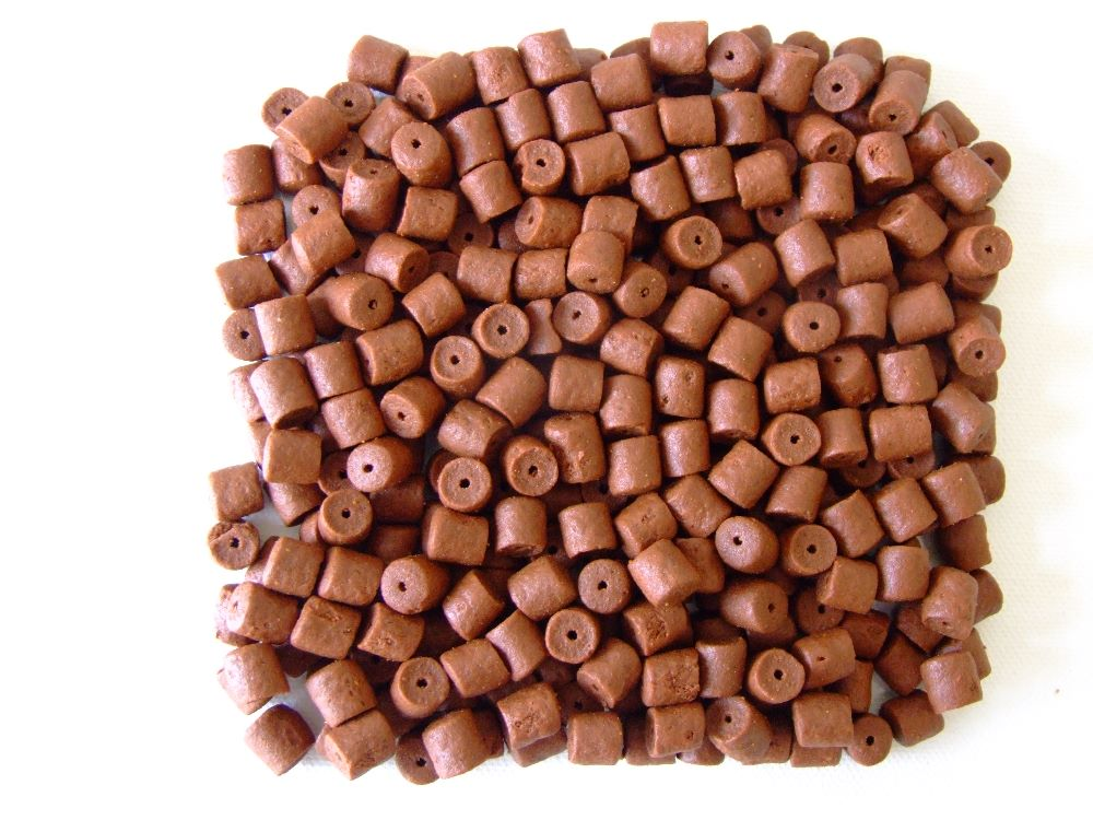 PRE-DRILLED HOOK PELLETS