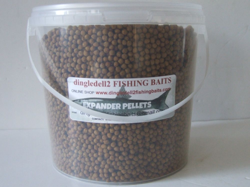 1kg Carry Bucket  4mm Expander Pellets, Use as Floaters or Slow Sinking Hoo