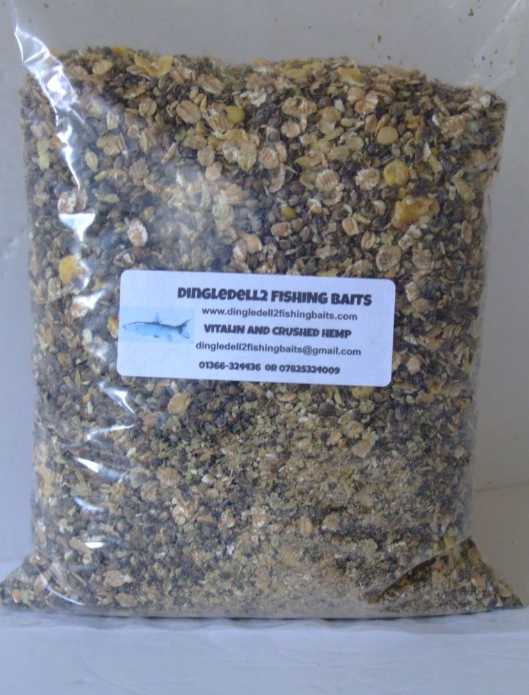 900 gram Sealed pack 50/50 Mix Vitalin & Crushed Hemp, For All Species of F