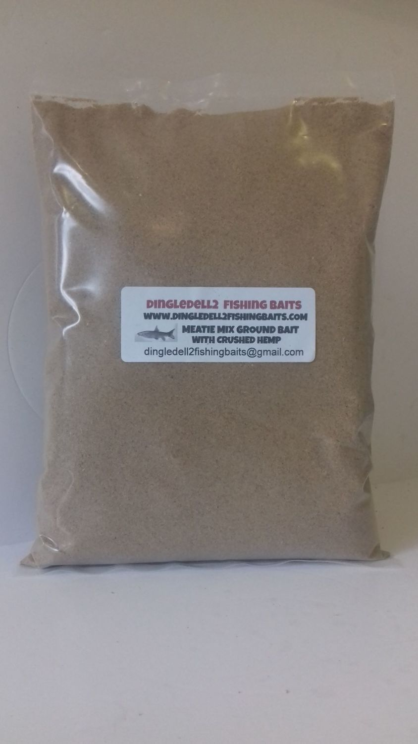 900 gram sealed pack Ground bait Meaty mix with Natural Crushed Hemp