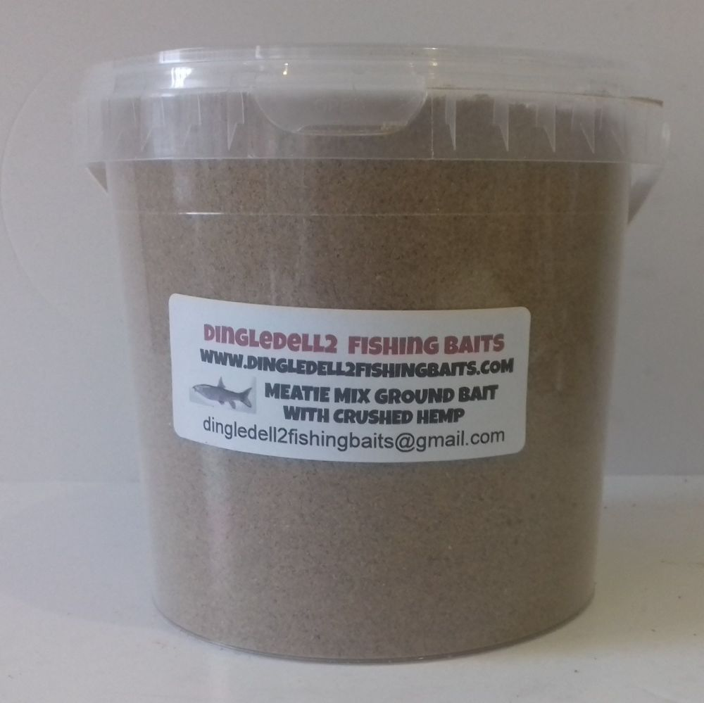 Ground Bait Mix with Finely Ground Meat and Crushed Hemp , Carp Barbel Bait