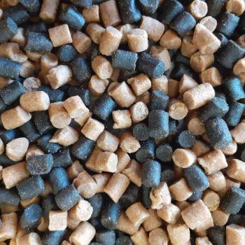 1.5kg Sealed Pack 4mm Dark Trout & Carp Coarse sinking Feeder pellets