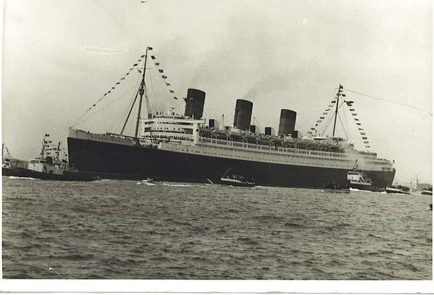 queen mary at sea