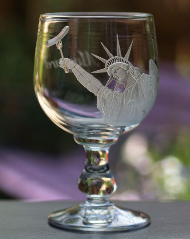STATUE OF LIBERTY GIN GLASS