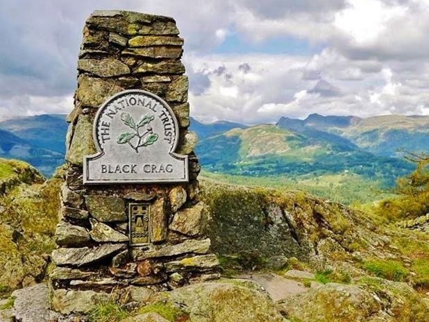 BLACK CRAG TRIG POINT