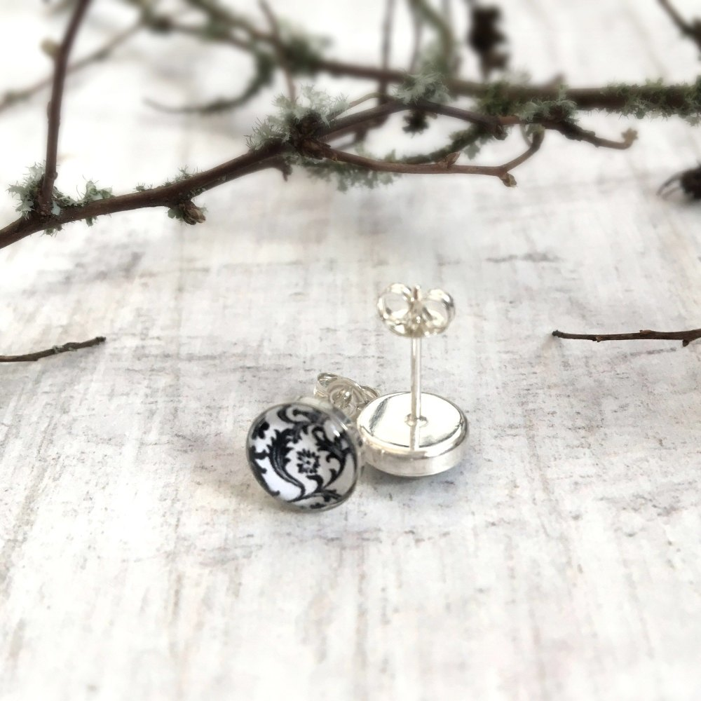 Sterling Silver Black & White Floral Stud Earrings