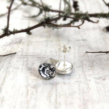 Sterling Silver Black & White Floral Stud Earrings