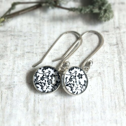 Sterling Silver Floral Illustration Charm Earrings