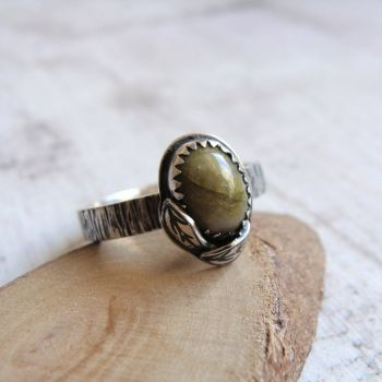 Sterling Silver Norwegian Epidote Leaf Ring No.2 (Size M 1/2)