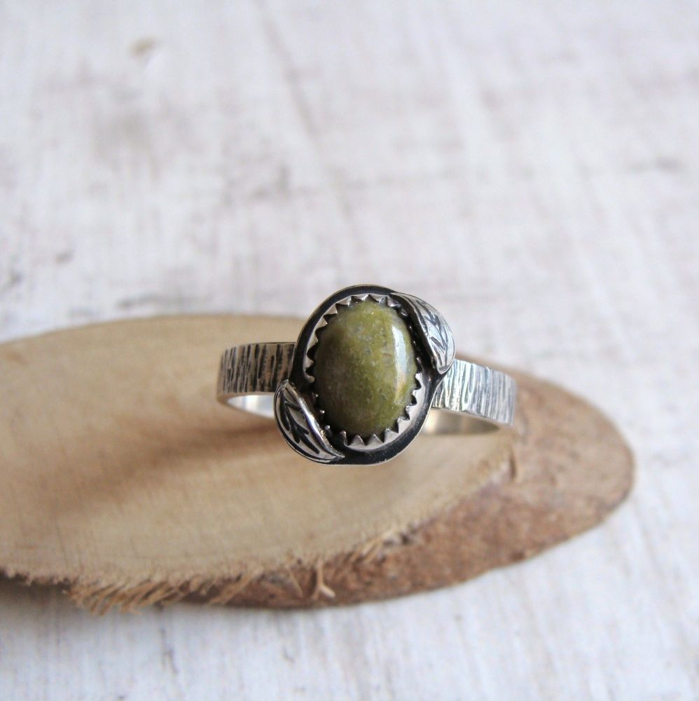 Sterling Silver Norwegian Epidote Leaf Ring No.3 (Size O 1/2)