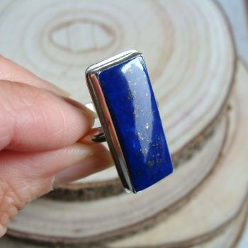 Sterling Silver Rectangular Lapis Lazuli Ring (Size R)